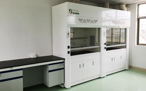 实验室器材